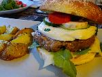 Hamburger with halloumi cheese